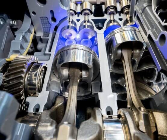 O que é a câmara de combustão do motor?