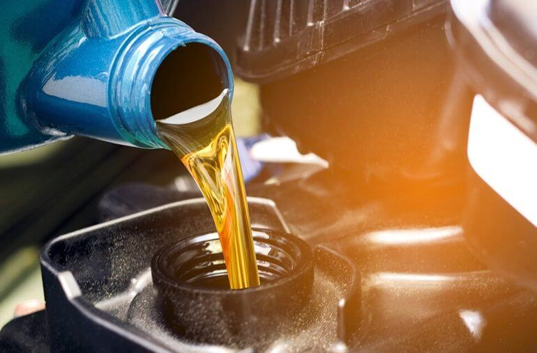 trocar óleo carro